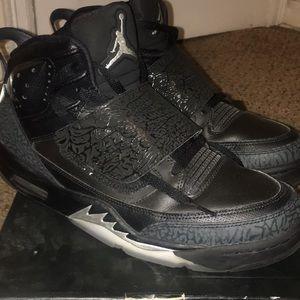 Jordan son of mars sneakers